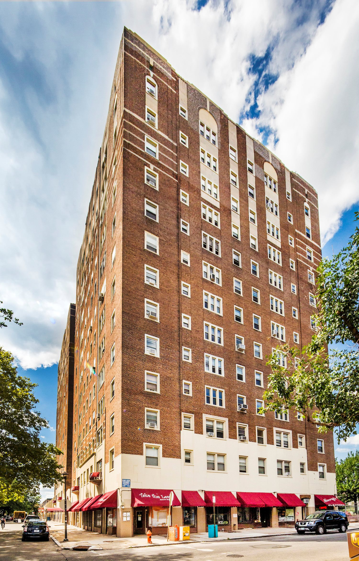 Broad Plaza Apartments Philadelphia Pa